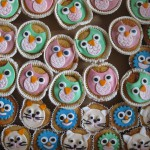 bunte Muffins mit Tiergesichtern