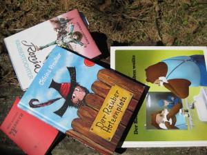 Bücher für das Wald-Literaturseminar in St. Barbara/Stmk.